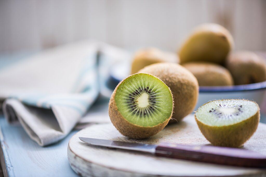 Kiwis night time food